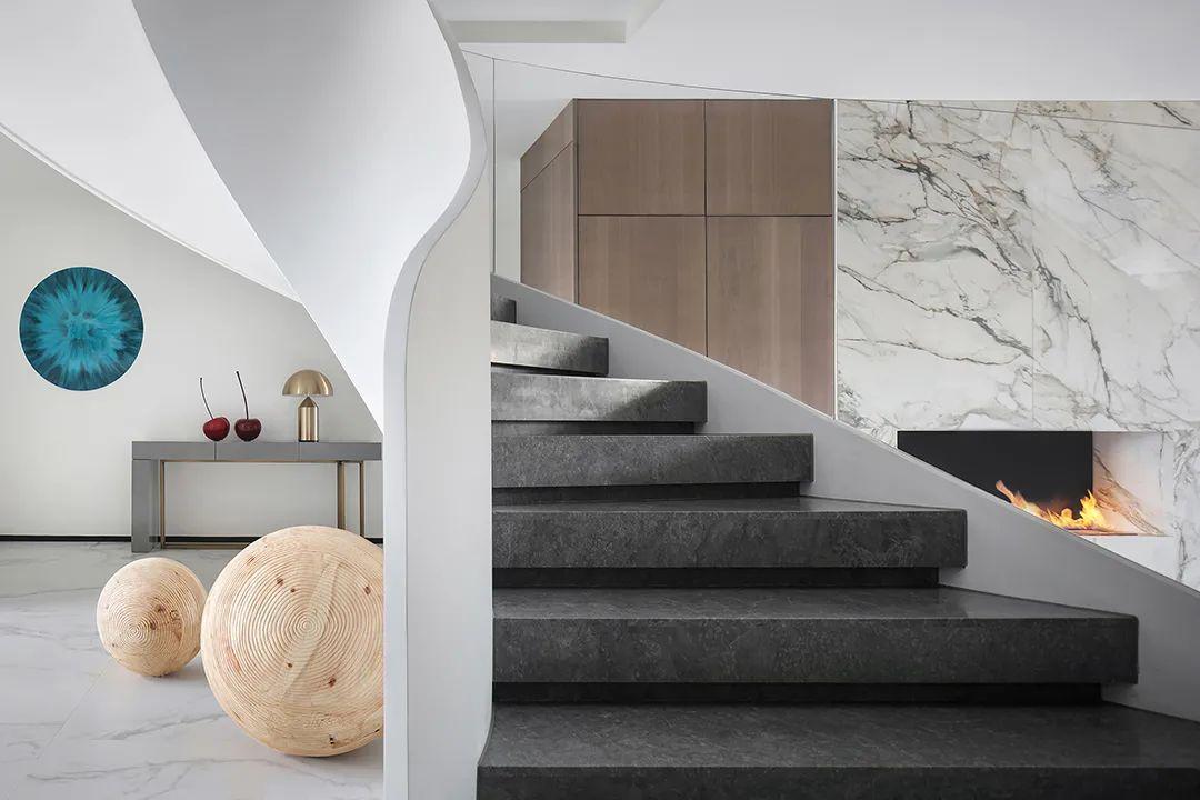 贵阳别墅楼梯装修的五大注意事项,小心别掉楼梯装修坑里边